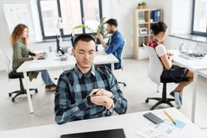 Место работы в трудовом договоре: что указать