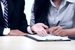 Обязательные условия для включения в трудовой договор