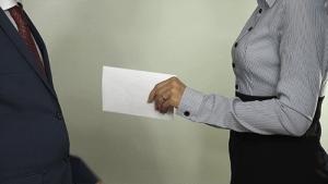 Выплата зарплаты в конверте