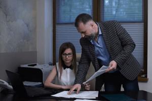 Как защититься от сексуальных домогательств на работе