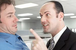 Сколько выговоров нужно для увольнения сотрудника?