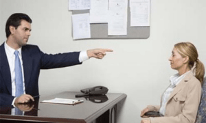Увольнение директора по решению учредителя: процедура, запись в трудовой